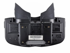 Control de volumen y otros conectores en la parte inferior